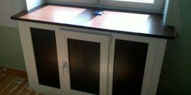 Варианты оформления холодильника под окном в хрущёвке