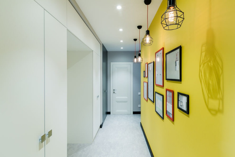 9 хитростей, которые помогут вам сделать узкую комнату удобнее - Интерьер