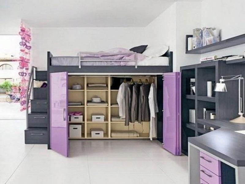 Фиолетовый шкаф под кроватью