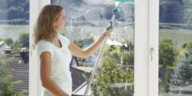 Как и чем до блеска помыть окна снаружи, если у вас 9-й этаж