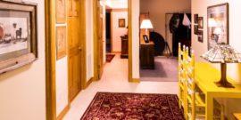 Чем обработать коврик у двери, чтобы реже стирать: использую специальный состав на время слякоти и осенней грязи