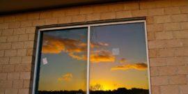 7 типичных ошибок при монтаже пластиковых окон, из-за которых в квартире холодно и сыро
