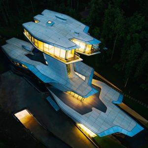 Алла Пугачева и другие звезды, которые захотели выделиться и построили себе необычные дома