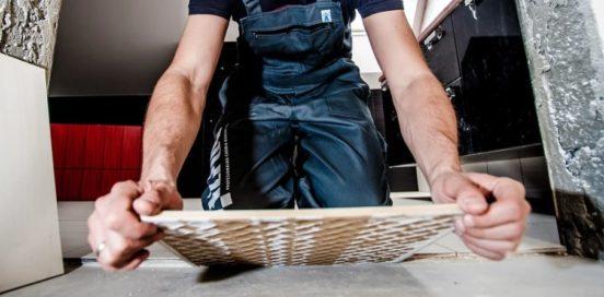 Как не повредить плитку при снятии