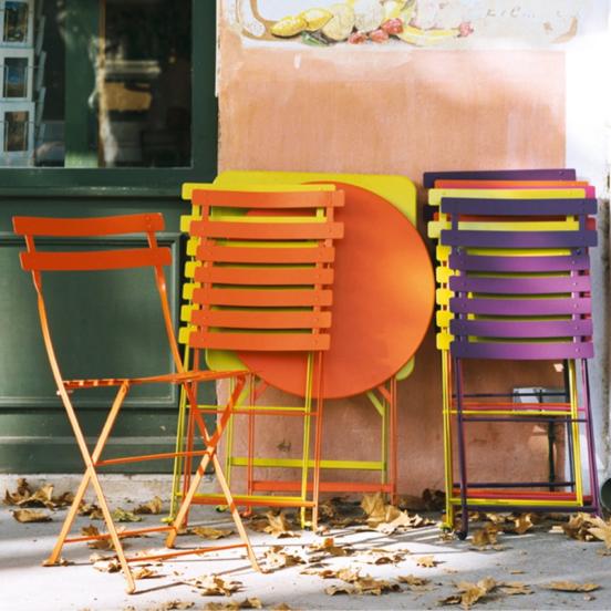 Декор складных стульев сделанных своими руками