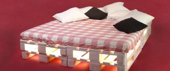 Кровать из поддонов (паллет) с подсветкой