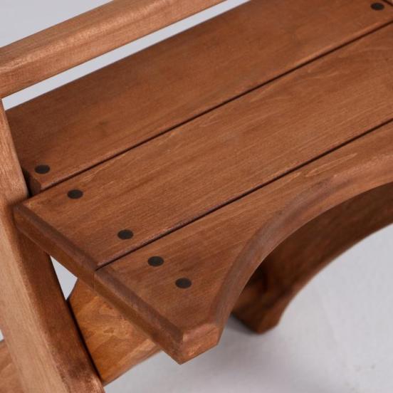 Грунтовка деревянного стула